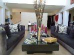 فيلا مساحتها 440م²، شرفة، حديقة، 8 غرف، الحي الحسني