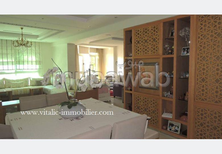 Wilaya / c. R. I. Appartement 170 m2 etat neuf