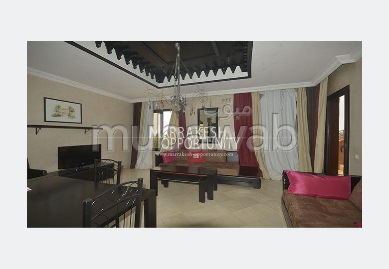 شقة مساحته 100م²، مفروشة، شرفة، 3 غرف، النخيل