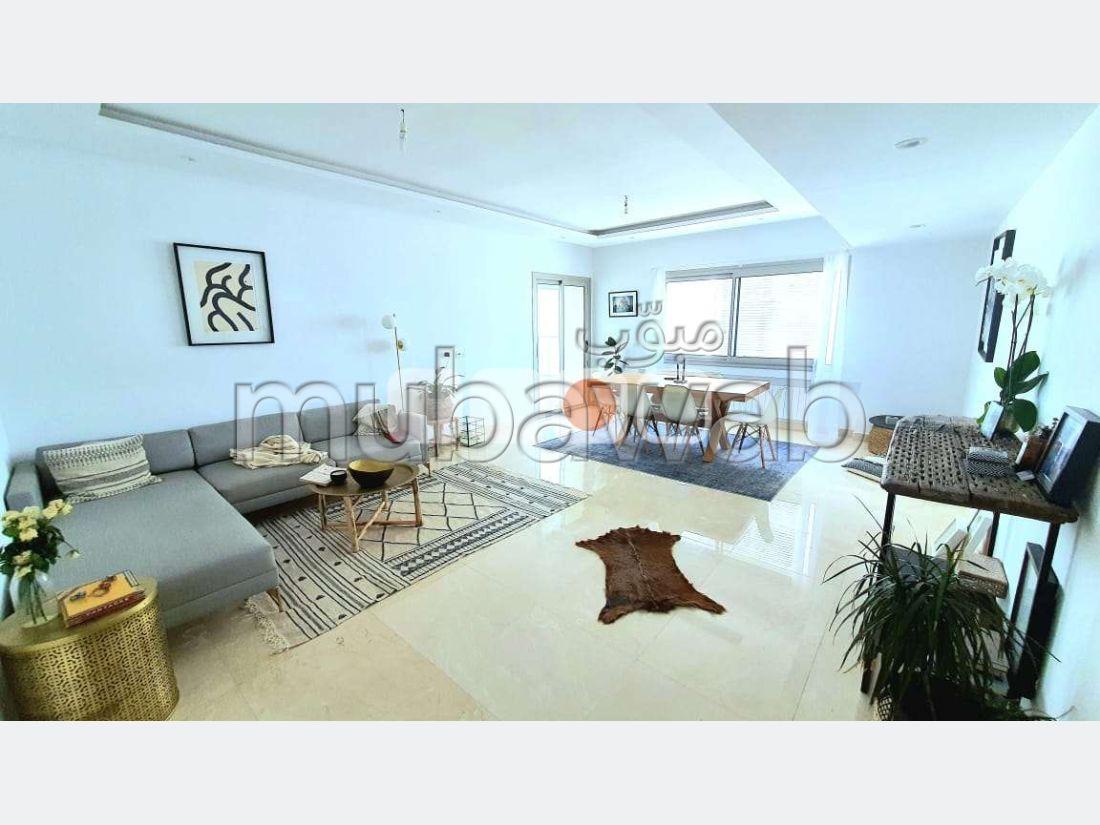 Great apartment for rent in La Marsa. 3 Small bedroom. Carpark, Balcony.