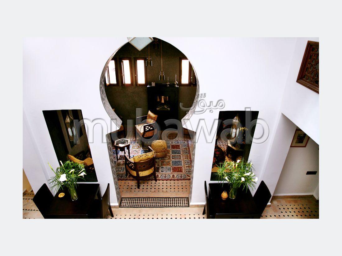 فيلا مساحتها 668م²، شرفة، 15 غرف، طنجة المدينة