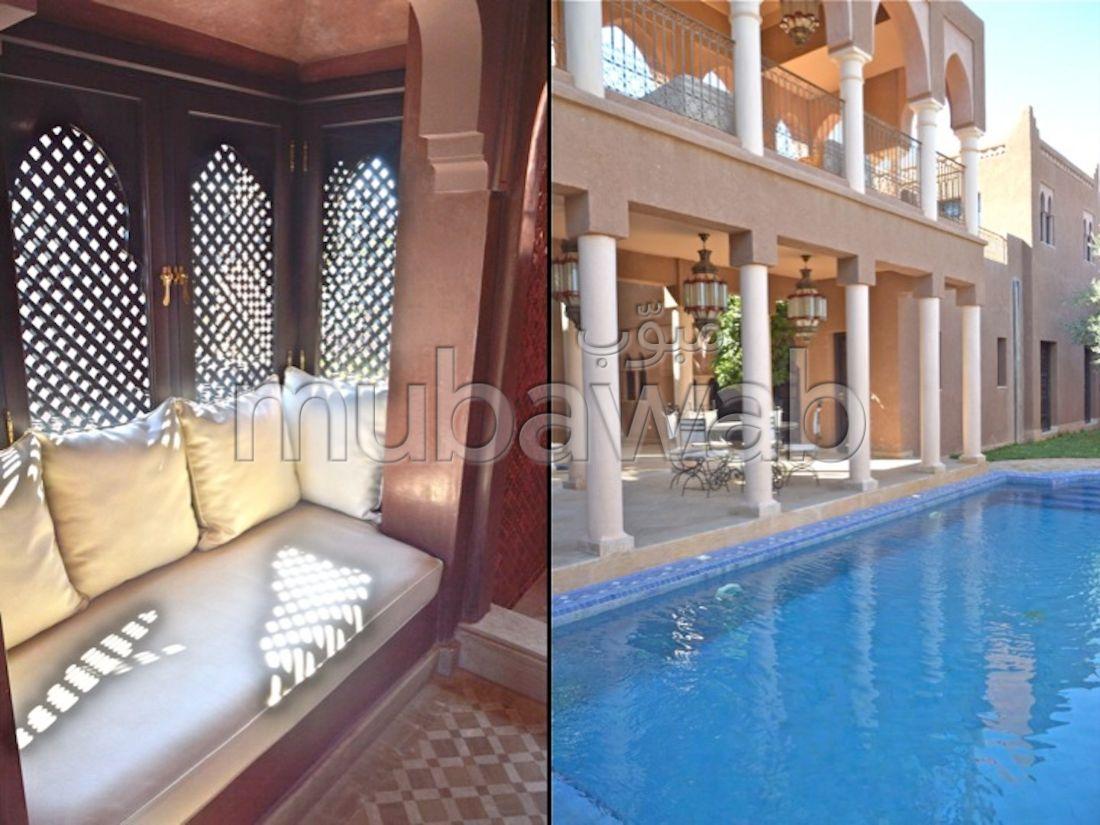 Villa 400m², Cuisine équipée, Terrasse, Route Casablanca