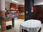 منزل مساحته 297م²، مطبخ مجهز، شرفة، 6 غرف، القنيطرة