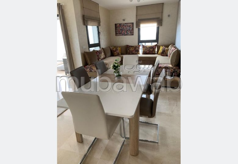 Flat for rent in Casablanca Finance City. 2 lovely rooms. Dressing room.