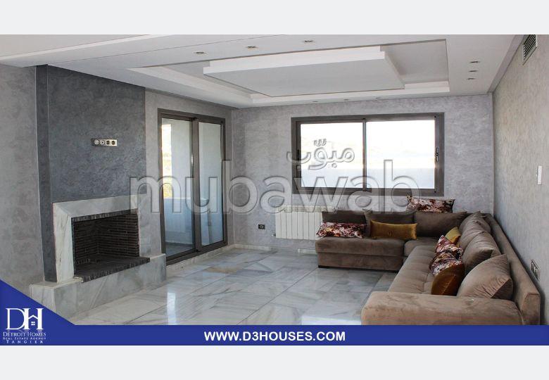 Alquiler villa de lujo. Superficie de 200 m². Amueblada.