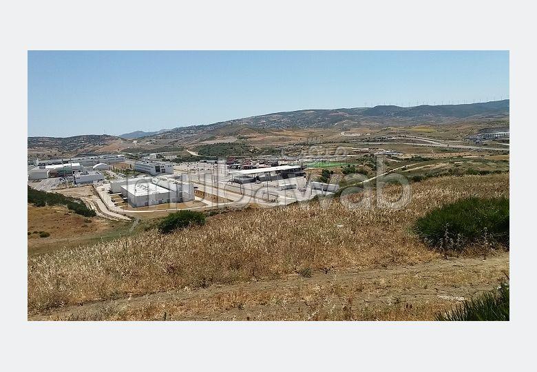 أرض للشراء ب المنطقة الصناعية مغوغة. المساحة الإجمالية 8688 م².