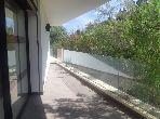 Encuentra un piso en alquiler en Souissi. 4 Bonitas habitaciones. Puerta  seguridad, instalación de aire condicionado.