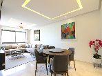 شقة جميلة للبيع بالدارالبيضاء. 4 قطع مريحة. مصعد وشرفة.