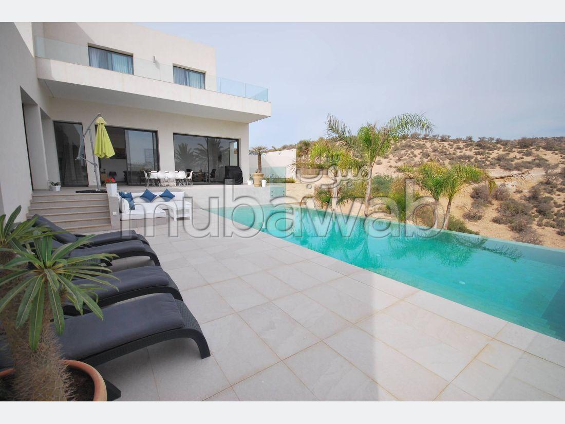 Superbe villa Dominante la baie d'Agadir et le Djebel