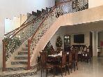 شقة مساحتها 324م²، مطبخ مجهز، مصعد، 3 غرف، أكدال