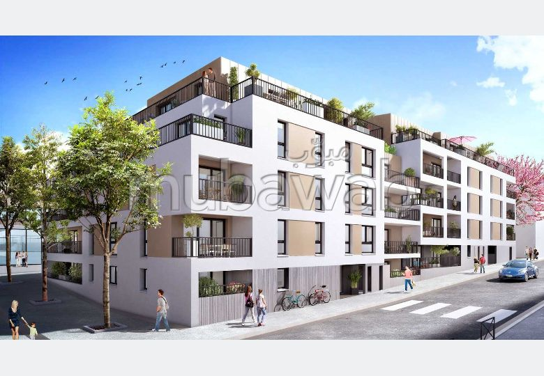 Vend appartement à Quartier Industriel. 3 belles chambres. Belle terrasse et jardin.