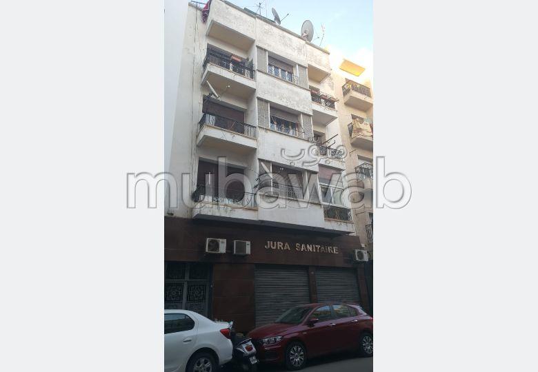 Superbe maison à vendre à Casablanca. Superficie 250 m²
