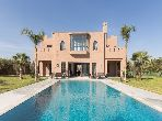 Luxury Villa for rent in Route de Ouarzazate. 8 rooms. Furnished.