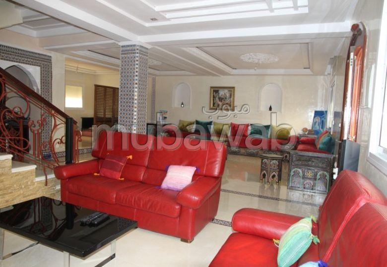 Villa 200m², Cuisine équipée, Terrasse, Tanger Medina