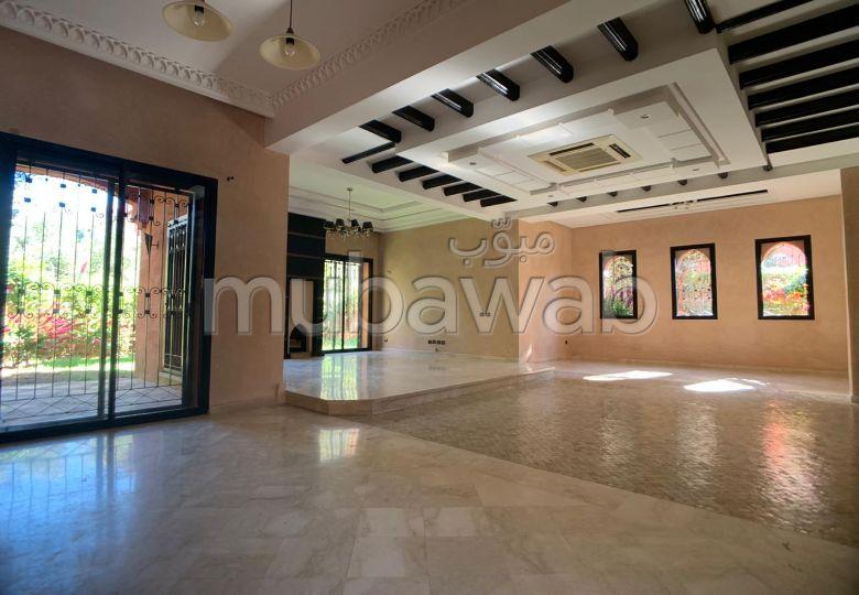 Casa de lujo en alquiler en Route de Fez. 4 Pequeña habitación. Conserje disponible, propiedad con piscina.