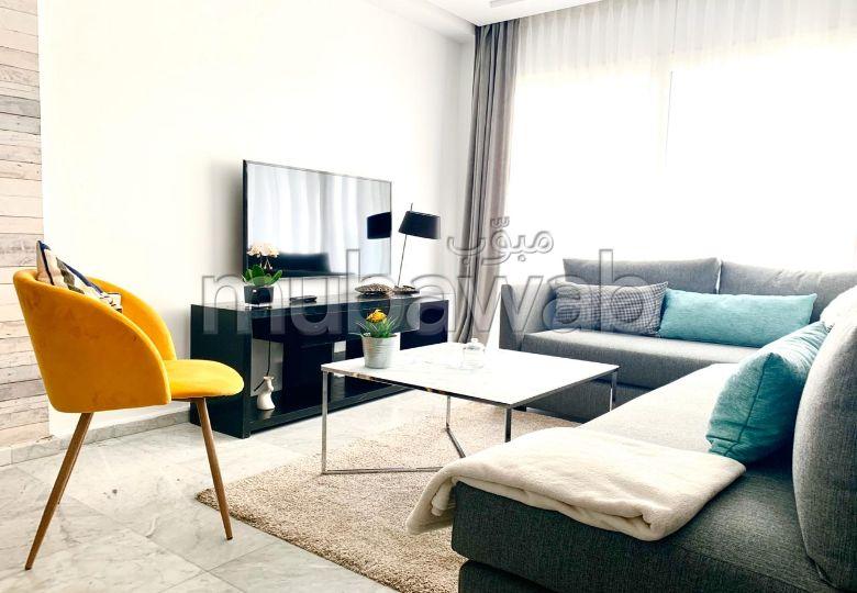 Très bel appartement en location à Racine. 2 pièces confortables. Meublé