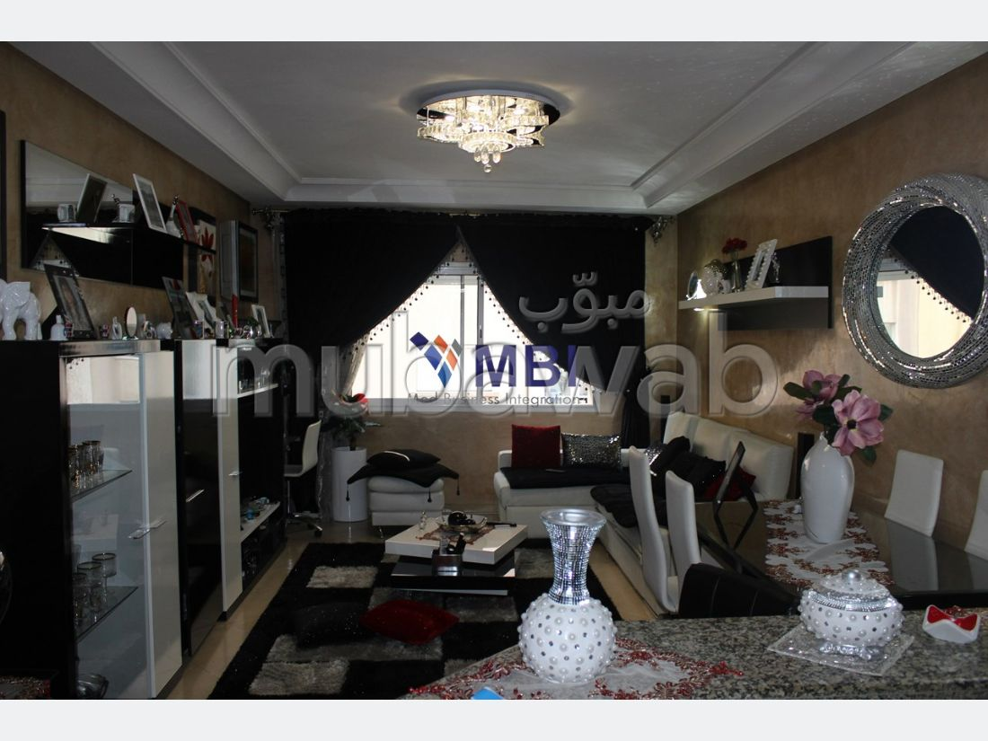 Apartment for sale in Malabata. 3 Cabinet.