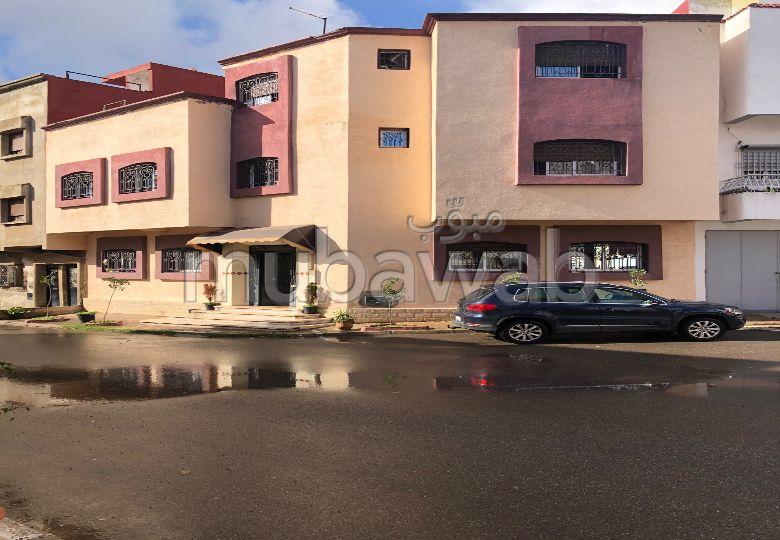 Maison à acheter à Kénitra. Superficie 116 m². Porte blindée et parabole.
