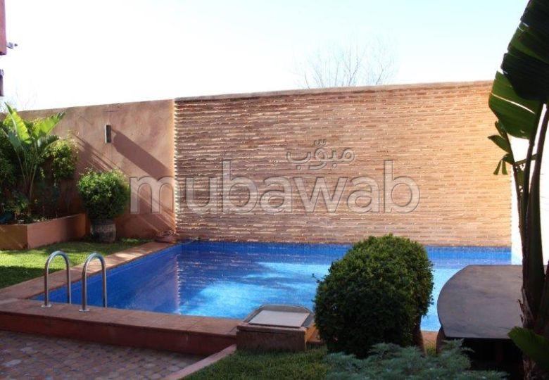 Appartement A LOUER  avec piscine  dans l'hivernage
