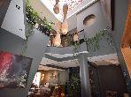 شقة للبيع براسين. 4 غرف رائعة. مصعد وأماكن وقوف السيارات.