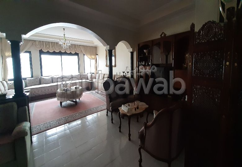 Apartment for sale in Hermitage. 6 large rooms.