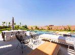 Charmante villa neuve, golf Amelkis, sur 1500 m2,500 m2 construit, 4 chambres, piscine, vue Atlas