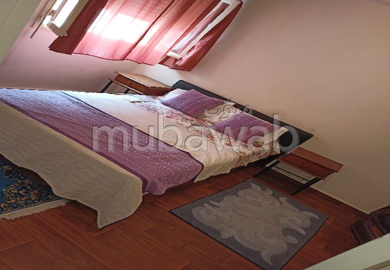 Apartments for rent in Hassan - Centre Ville. Surface area 55.0 m². Typical Moroccan living room, secured residence.