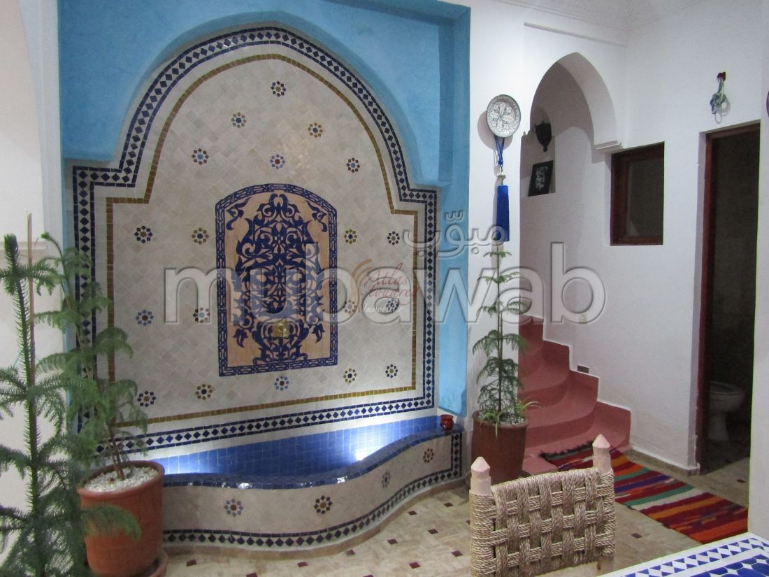 Vente Typique Riad de 330m² Habitable, Titré avec 7 chambres à Médina