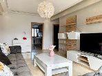 شقة جميلة للكراء بالأميرات. المساحة الإجمالية 100 م². مفروشة.