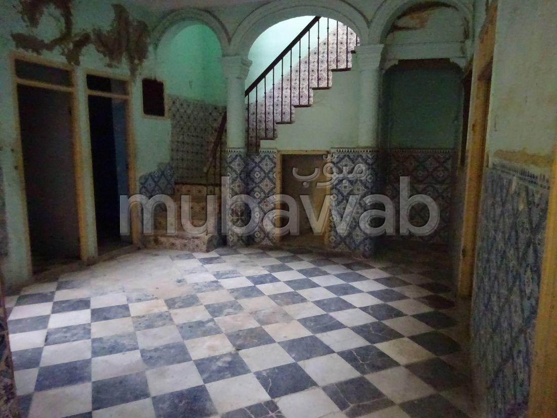 Te koop: huizen in Médina. 7 Ruimtes.