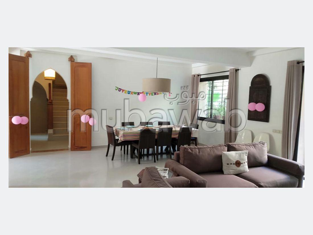 Casa en venta en Route d'Agadir - Essaouira. 9 habitaciones. Chimenea operativa, aire condicionado integrado.