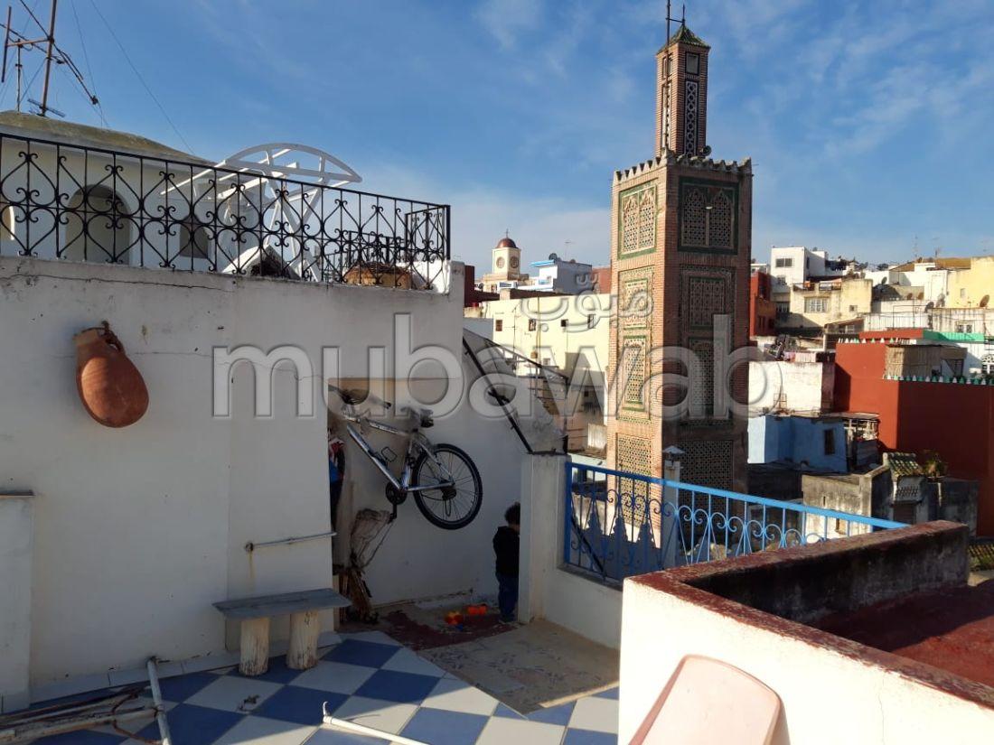 Encuentra tu próxima casa en Médina. 6 Sala común. Balcón grande.