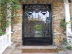 Splendide villa à vendre à Les Hôpitaux. Surface de 320 m². Places de parking et beau jardin