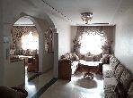 Maison de haut standing à vendre à Al Qods. 4 chambres agréables. Jardin et terrasse