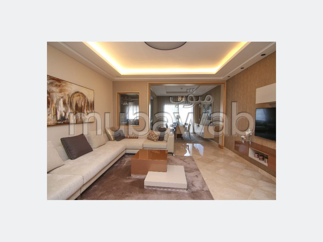 شقة جميلة للبيع ببوسكورة. المساحة الإجمالية 250.0 م². مسبح.