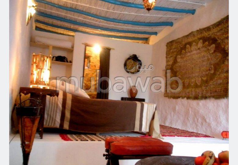 Encuentra tu próxima casa en Mghogha. 4 Habitacion grande. Salón marroquí amueblado, sistema de parábola general.