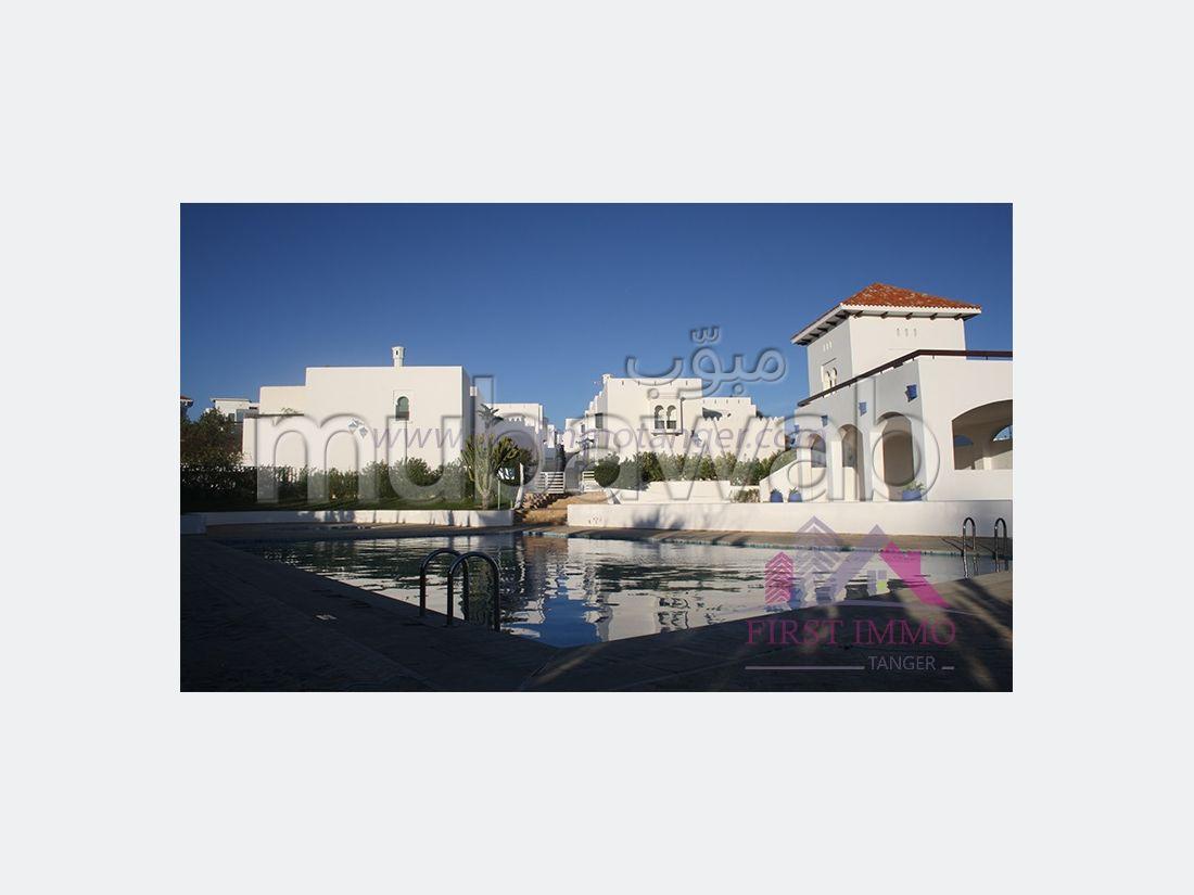 Spacieuse villa sur la baie de tanger a vendre
