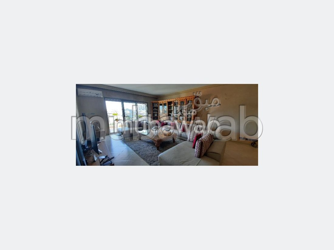 Find an apartment to buy in Gauthier. 3 Small bedroom. Satellite dish and Reinforced door.