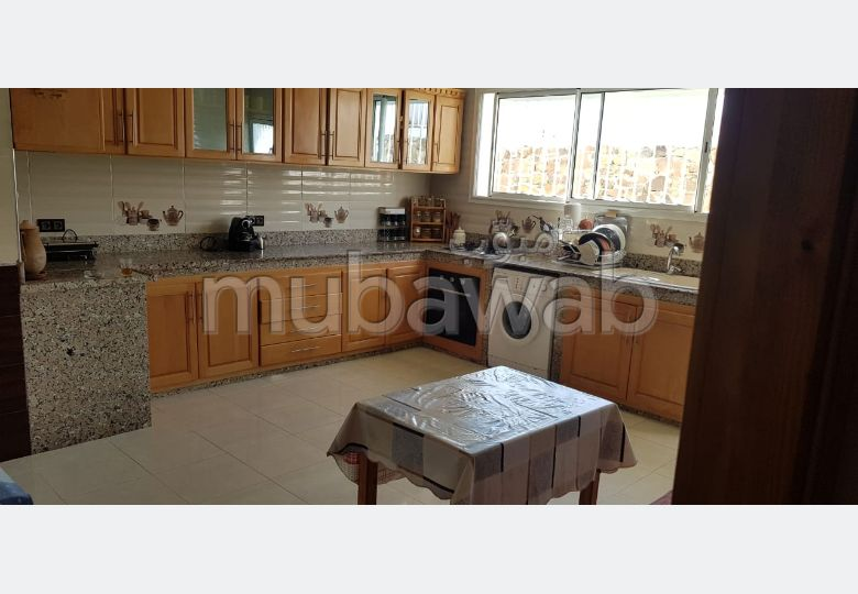 Fabulous house for sale in Malabata. 2 Halls. Double glazed window, Central air conditioning.