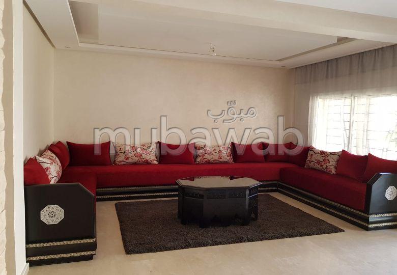 High quality villa for sale in Achakar. 5 Room. Terrace and garden.