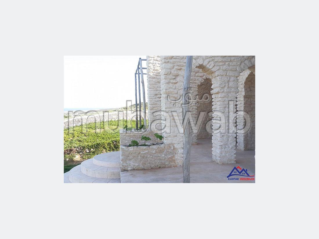 Villa en pierre vue sur mer