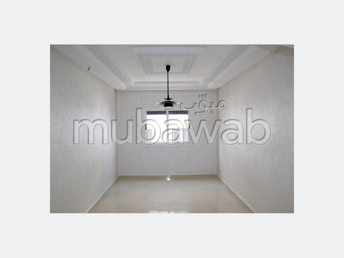 Magnífico piso en venta en Ahlane. 2 Suite parental. Con ascensor y terraza.