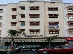 Se vende casa en Ain Chock. 12 habitaciones grandes. Hermosa terraza.