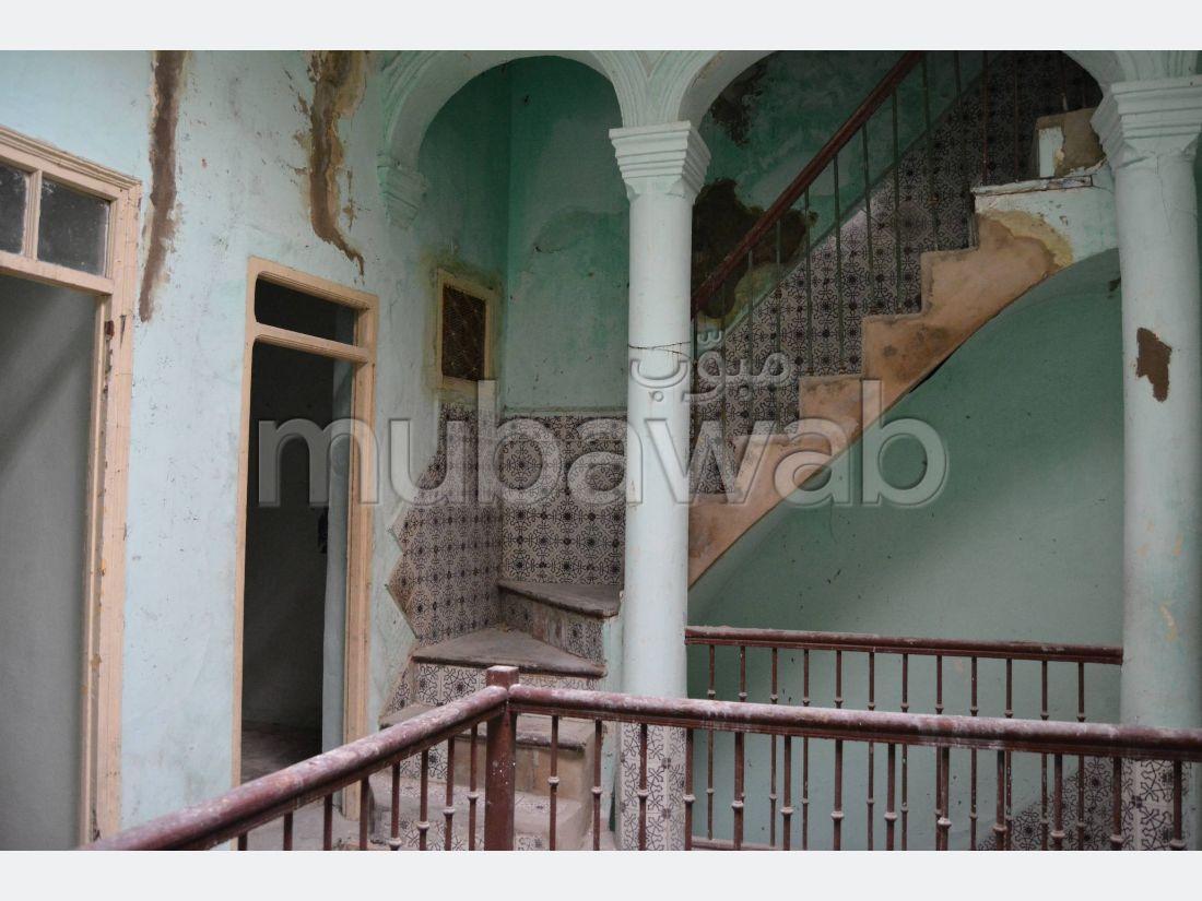بيع منزل ممتاز بطنجة. المساحة الإجمالية 183 م².