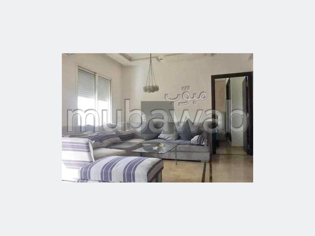Piso en alquiler en Maârif. 1 bonita habitación. Plazas de parking y terraza.
