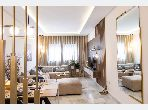 Sell apartment in Centre Ville. 2 Small bedroom. Lift.