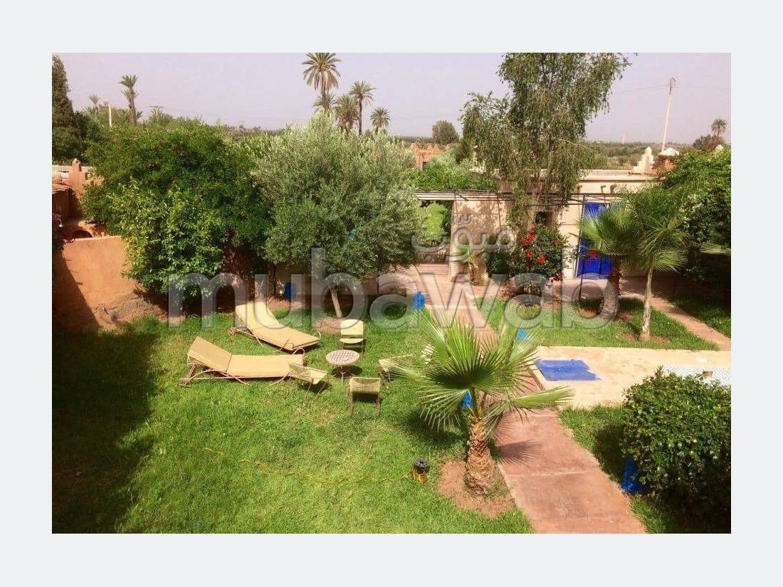 Home to buy in Route de Ouarzazate. 8 Rooms. All comforts with fireplace and air conditioning.
