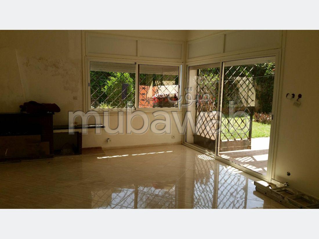 Villa de 625 m2 à l'oasis
