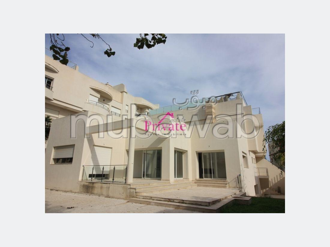 Location Villa 1090 m² JBEL KBIR Tanger