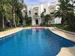 شقة رائعة للايجار بطنجة. المساحة 200.0 م². حديقة وشرفة.
